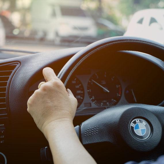 83% конверсий: заполнение формы регистрации на тест-драйв – BMW